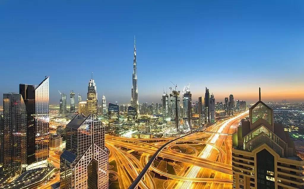 迪拜服务器.jpg